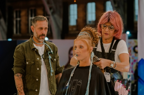 Fellowship for British Hairdressing Present for Pro Hair Live 71
